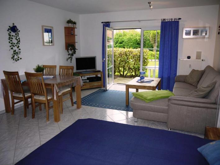 komplett neues Wohnzimmer im Astel in Dorum-Neufeld