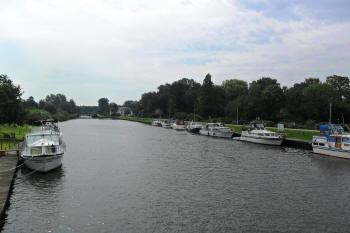 Hausboote in Bad Bederkesa