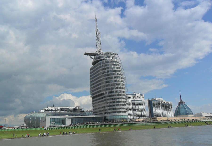 Havenwelten Bremerhaven mit Klimahaus, Aussichtsplattform...