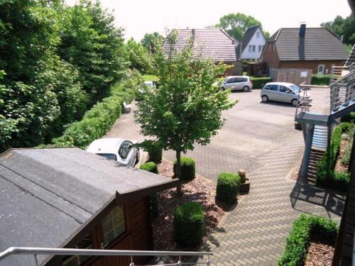 Hier parken Sie im Hof vom Haus Sonnenstrahl - Dorum-Neufeld