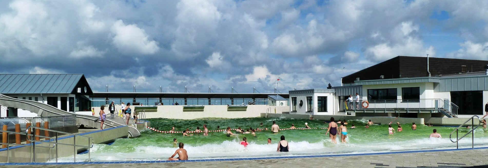 Das Watt'n Bad in Dorum-neufeld. Eine Attraktion an der Nordseek?te f? Badefreunde