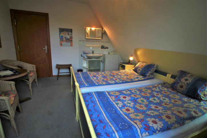 andere Perspektive vom Schlafzimmer 1 der ferienwohnung Wiking