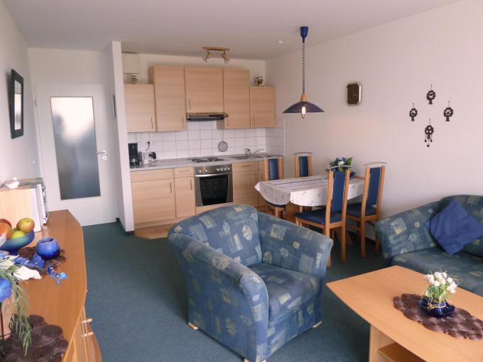 Wohnzimer de Ebb mit Küchenzeile