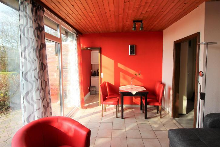 Esstisch im Wohnzimmer 265