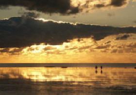 Sonnenuntergang und Watt an der Nordseeküste