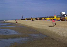 Am Strand von D?e