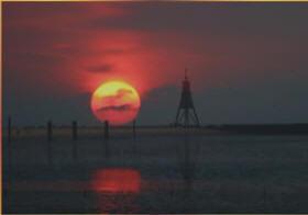 Sonnenuntergang in der Grimmerh?ner Bucht Cuxhaven