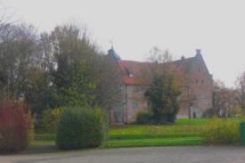 Burg Bederkesa im Herbst